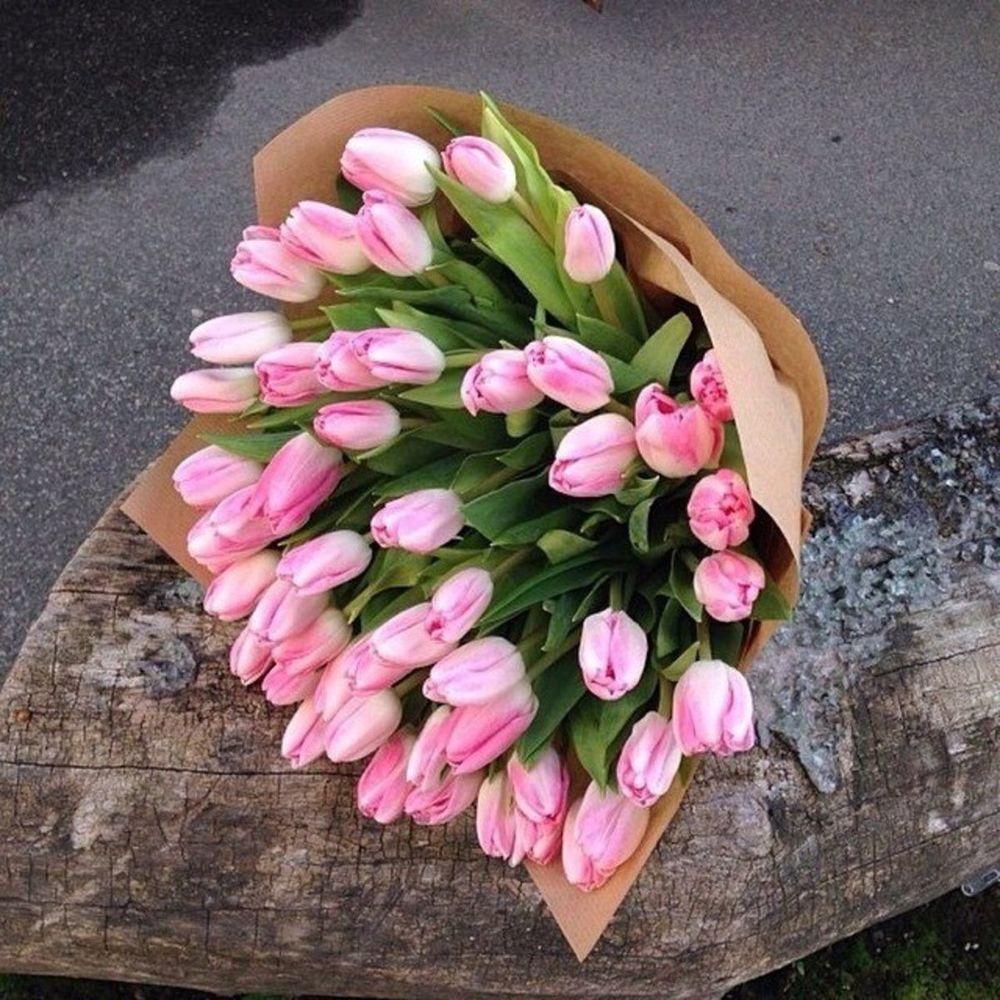 букеты розовых тюльпанов фото солдата