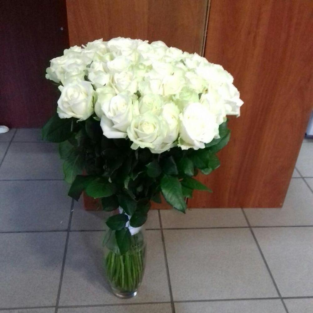 Магазина цветов, букет белых роз днепропетровская