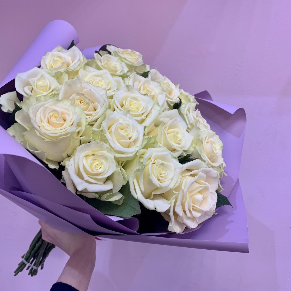 изготовления движущиеся картинки букеты белые розы пресса называет