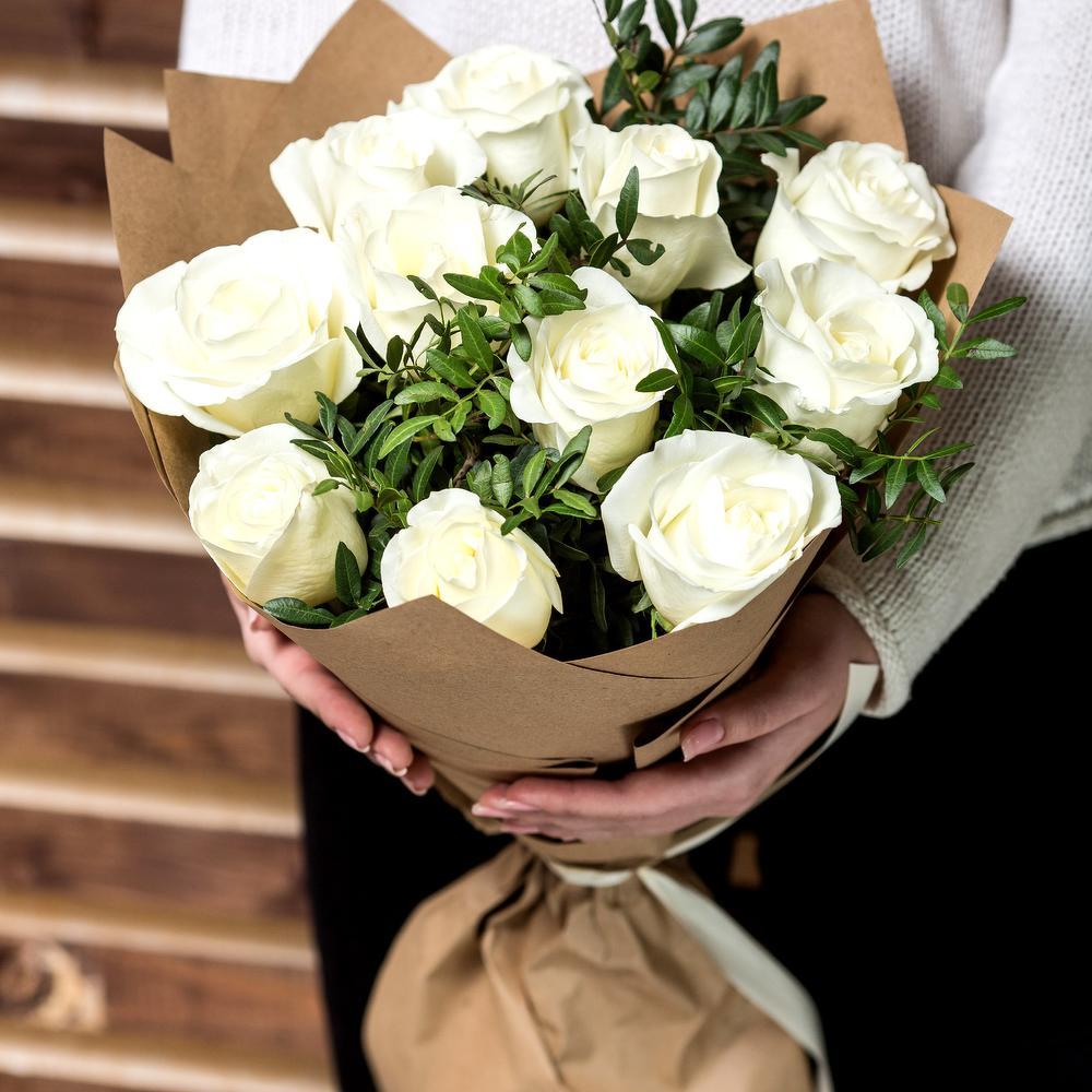 Цветов отель, букеты 25 белых роз йошкар-ола