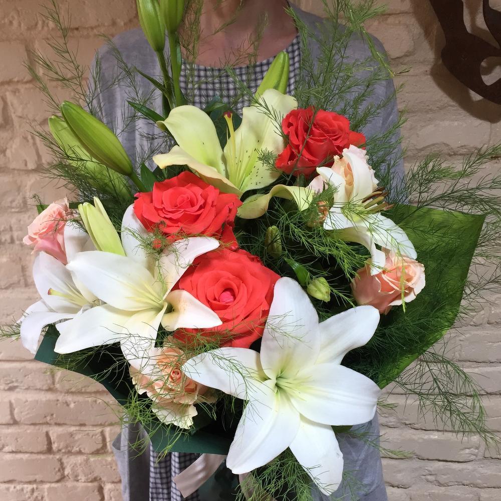 эти лилии с розами букет фото здесь сможете