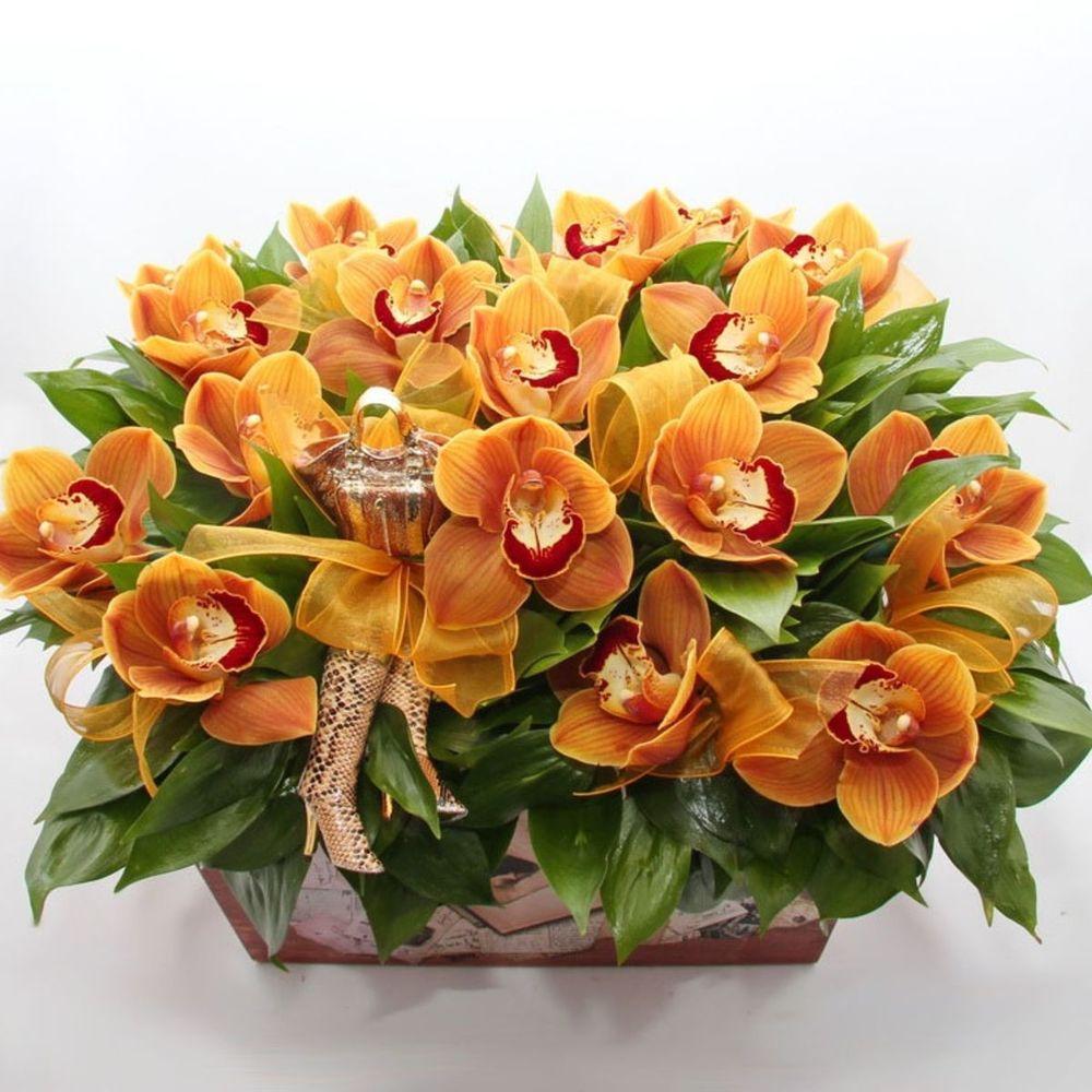 Букет орхидеи в мандаринах, ромашки минске цена