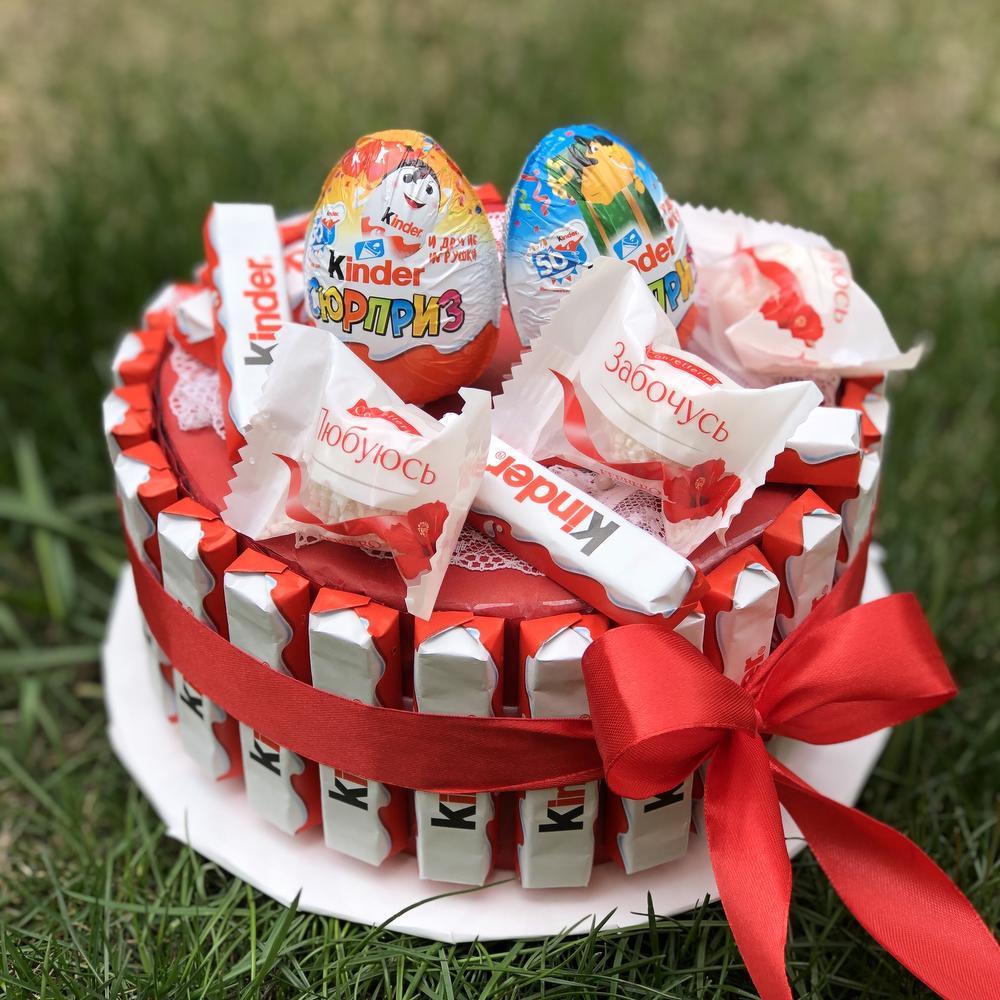 картинки с днем рождения торт из киндеров назвали почтовым морем