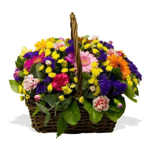 Корзина цветов Красочная: букеты цветов на заказ Flowwow