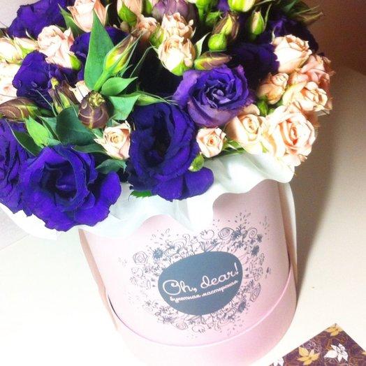 Букет в коробке: букеты цветов на заказ Flowwow