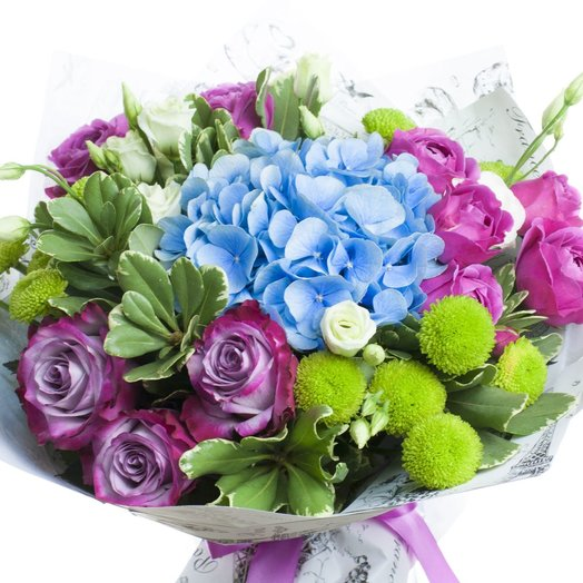 Букет с гортензией и розой: букеты цветов на заказ Flowwow