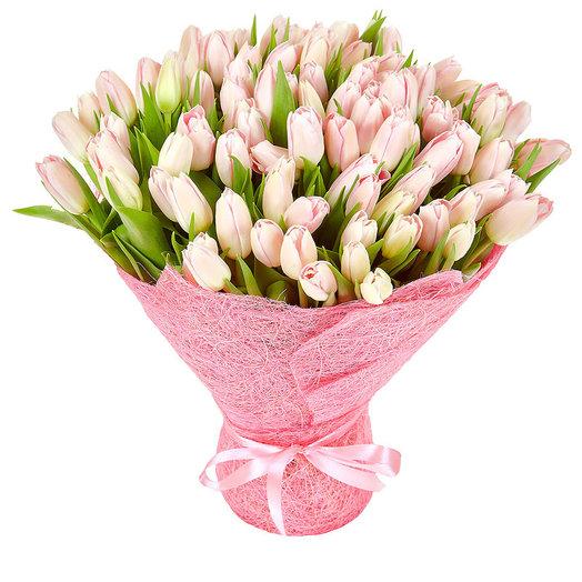 101 розовый тюльпан: букеты цветов на заказ Flowwow
