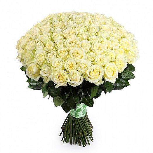Букет из 101 белой розы 60см: букеты цветов на заказ Flowwow