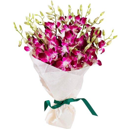 Орхидея в белоснежном фетре: букеты цветов на заказ Flowwow
