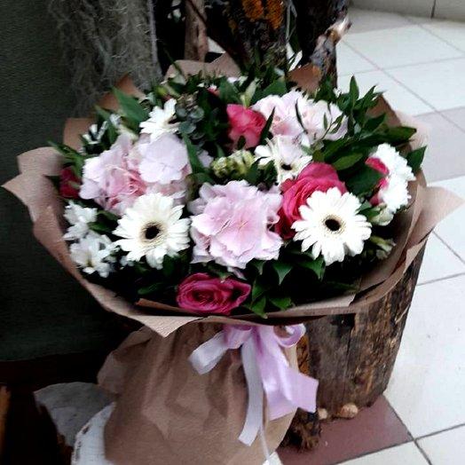 Цветочная росыпь: букеты цветов на заказ Flowwow