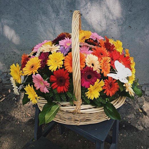 Корзина из 51 герберы: букеты цветов на заказ Flowwow