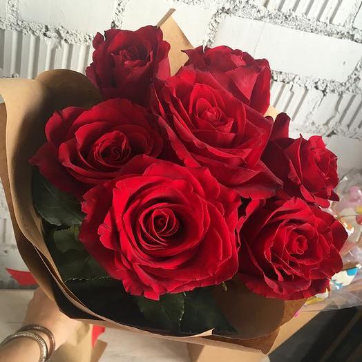 Розы в крафте 7: букеты цветов на заказ Flowwow