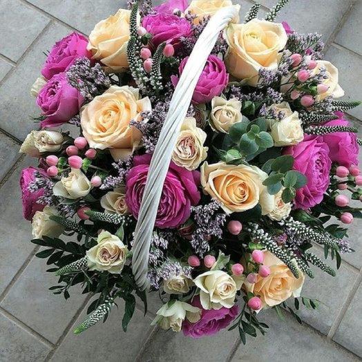 Корзина Розовый микс: букеты цветов на заказ Flowwow