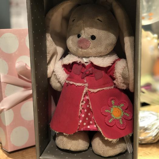 Зайка Ми в розовой дубленке