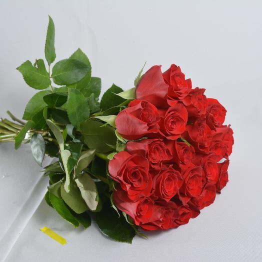 19 красных роз 40 см в букете: букеты цветов на заказ Flowwow