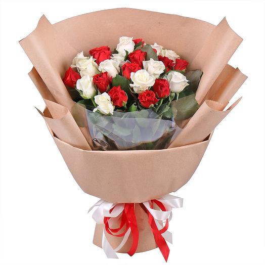 "Букет из 25 роз ""Сюита"": букеты цветов на заказ Flowwow"