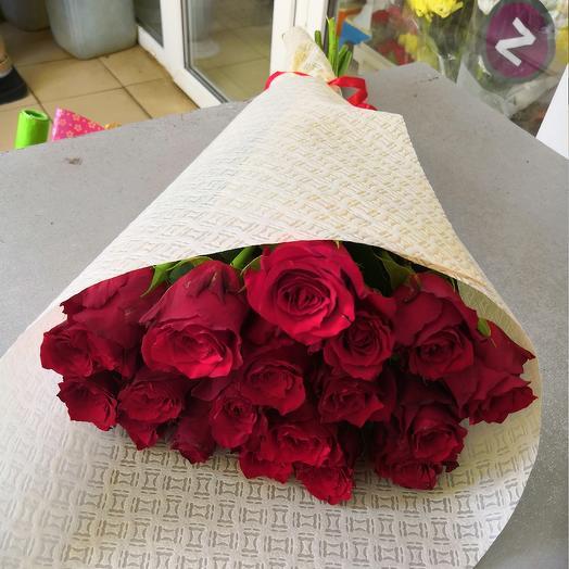 Роза красная 19: букеты цветов на заказ Flowwow