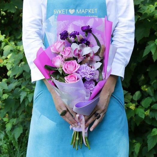 Букет из роз, орхидей и гвоздик: букеты цветов на заказ Flowwow