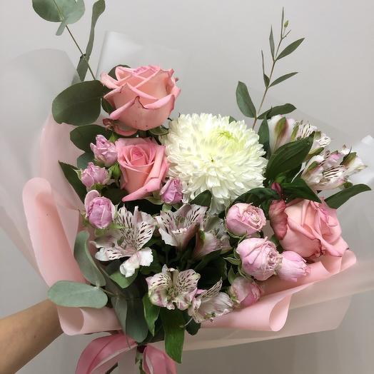 Джерджия: букеты цветов на заказ Flowwow