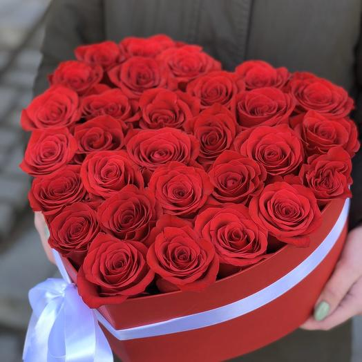 Коробка сердце с красными розами Страсть