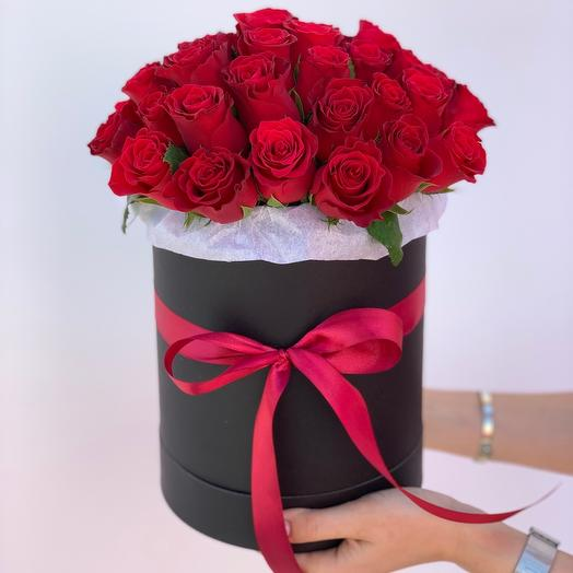 Bouquet of 41 roses in a hatbox
