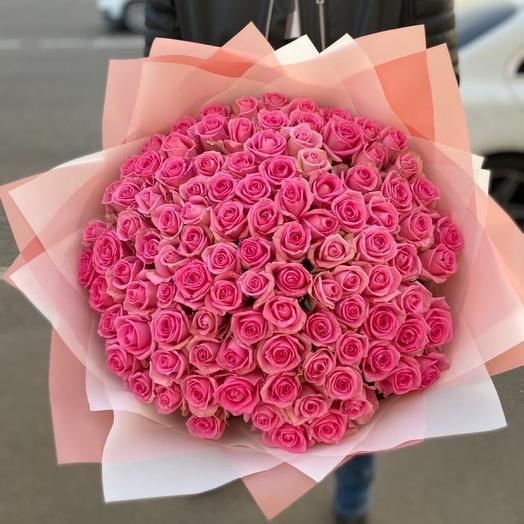 «Розовое безумие» 101 роза