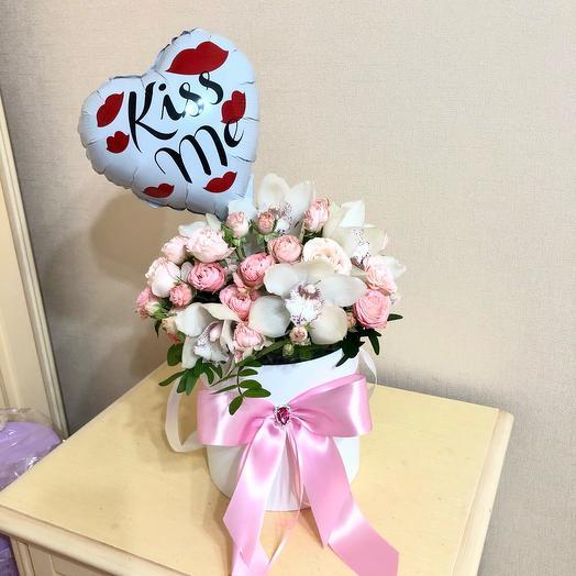 Цветы в коробке Роза с орхидеей