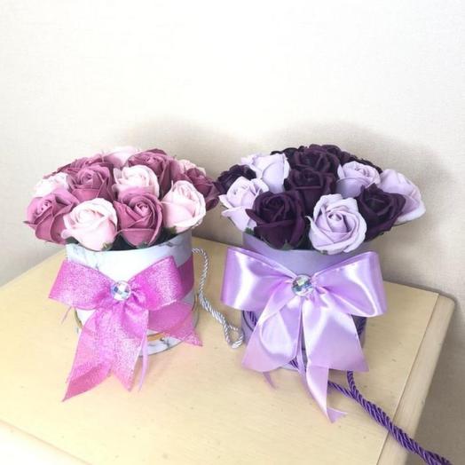 Мыльные розы в коробке с бантом. Цветы из мыла