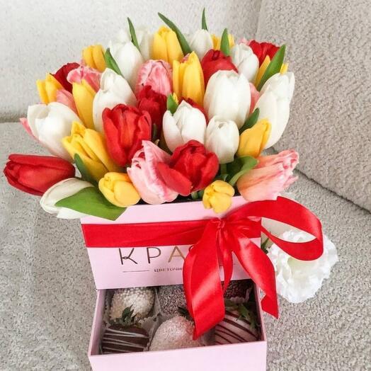 Шкатулка М с тюльпанами