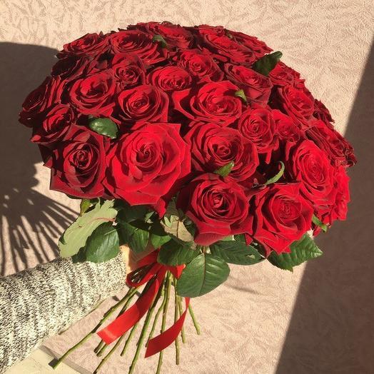 Букет из 35 красных роз 60 см: букеты цветов на заказ Flowwow