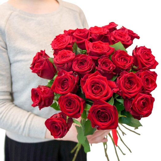 Ароматные розы 19 штук: букеты цветов на заказ Flowwow