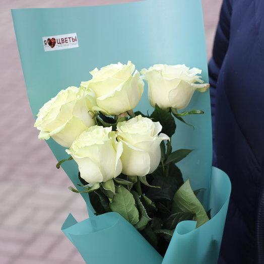 5 белых роз: букеты цветов на заказ Flowwow