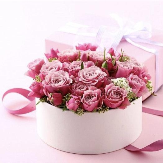 Коробочка любви: букеты цветов на заказ Flowwow