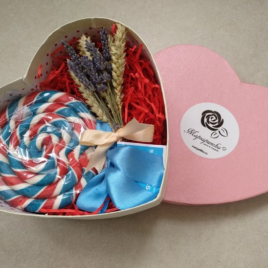 Коробочка с лавандой и леленцом: букеты цветов на заказ Flowwow