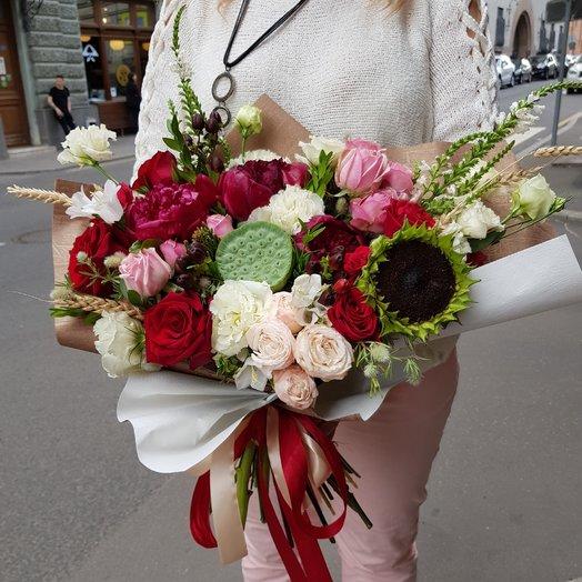 Красное вино: букеты цветов на заказ Flowwow