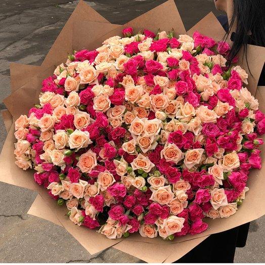Великолепные кустовые розы: букеты цветов на заказ Flowwow