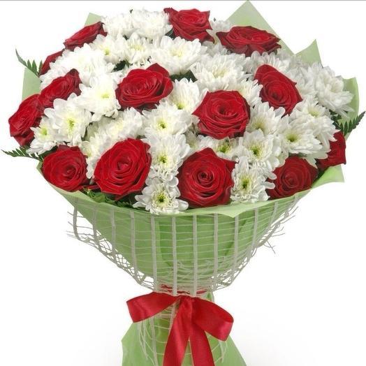 Букет из роз и хризантем: букеты цветов на заказ Flowwow