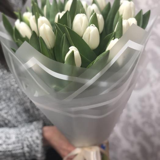 White tulips 25 pieces