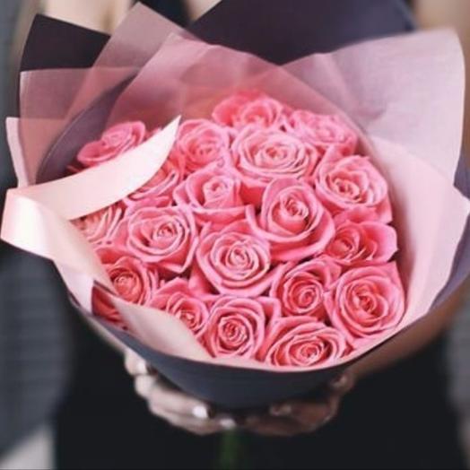 19 коралловых роз в букете: букеты цветов на заказ Flowwow