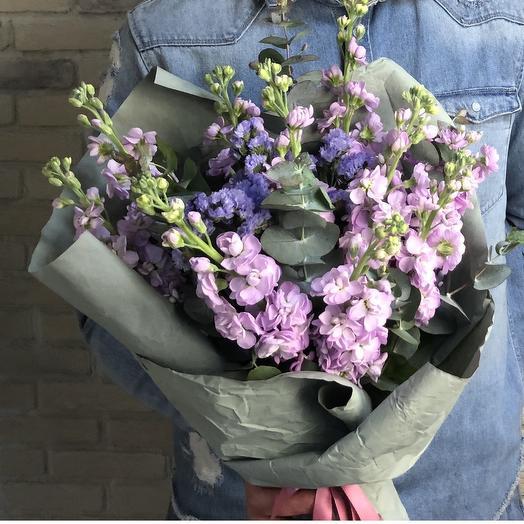 Ароматная маттиола: букеты цветов на заказ Flowwow