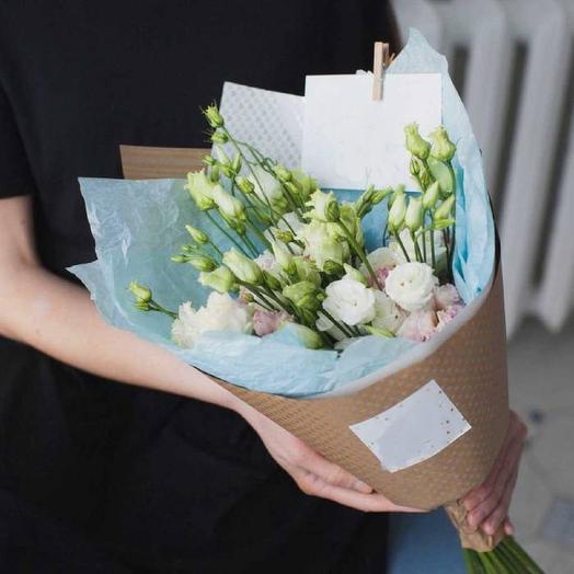 Эустома в упаковке: букеты цветов на заказ Flowwow