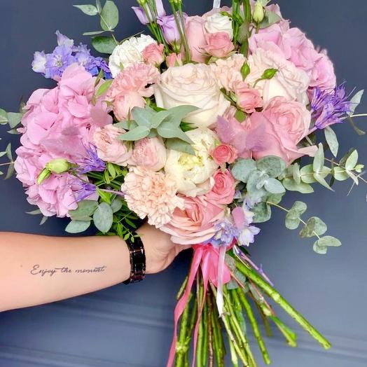Невероятная Джиа 💕: букеты цветов на заказ Flowwow