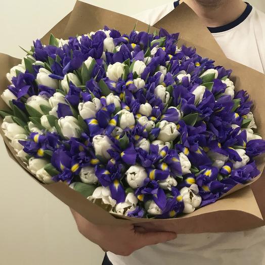 """Букет из ирисов и тюльпанов """"White Blue"""""""