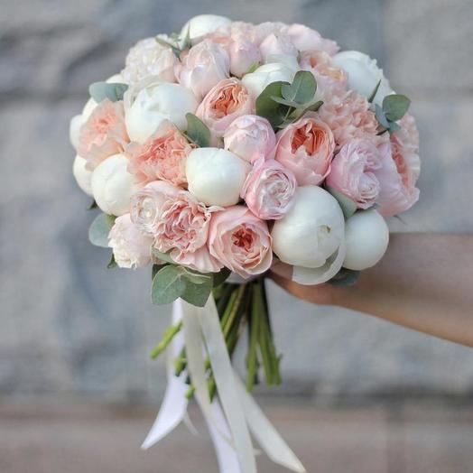 Букет невесты Luxury Flowers Нежный поцелуй