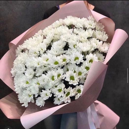 Букет 19 шикарных кустовых хризантем «Нежная»