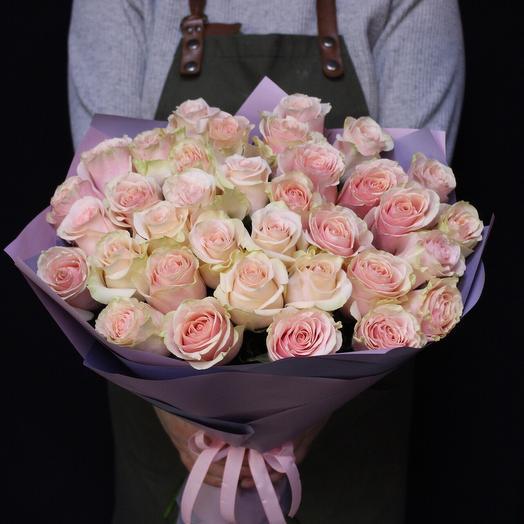 35 роз. Premium