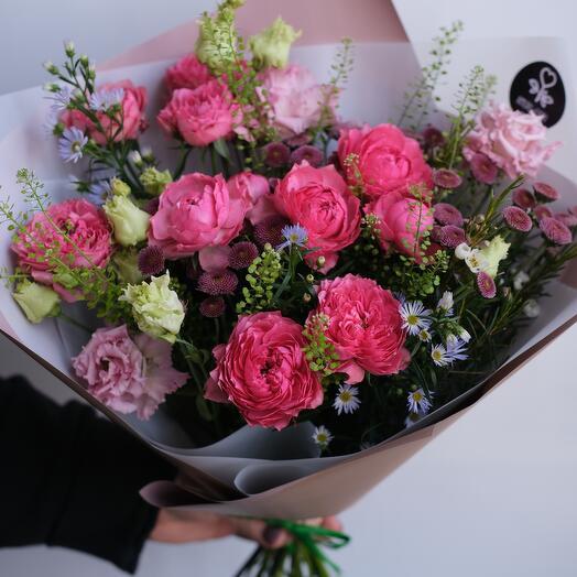Сочный букет с садовыми розами