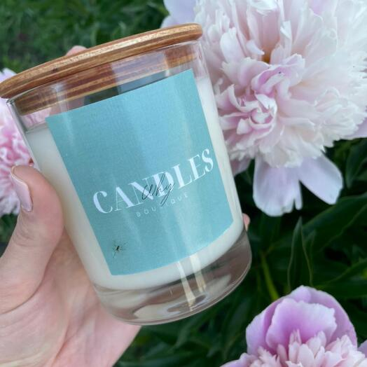 Свеча с ароматом «Черничный чизкейк»
