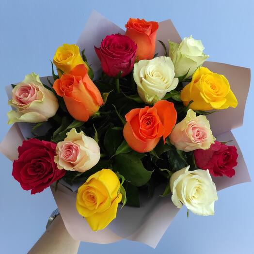 "Букет ""Яркий"" из 15 кенийских роз"