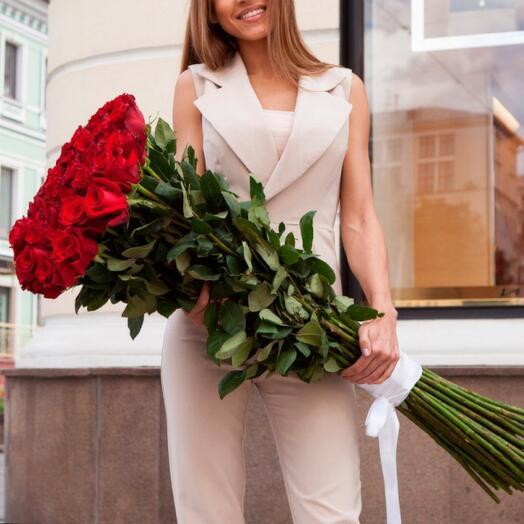 Букет из 25 красных метровых роз